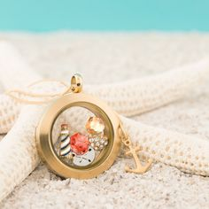 Origami Owl Custom Jewelry, Renowned source for personalized lockets and charms. Start as an Origami Owl Independent Designer today. Origami Owl Lockets, Origami Owl Jewelry, Origami Owl Fall, Gold Locket, Oragami, Floating Charms, Personalized Charms, Locket Charms, Jewelry Companies