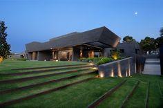 Concrete House II  /A-Cero Architects/