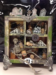 From My Art 2 Yours: Halloween Halloween Diorama, Halloween Shadow Box, Halloween Miniatures, Halloween Projects, Holidays Halloween, Vintage Halloween, Halloween Crafts, Happy Halloween, Halloween Decorations