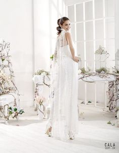 Vestidos para boda civil verano 2016 con capa de encaje blanco