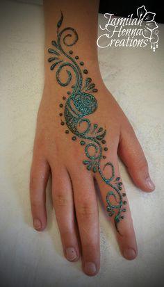paisley henna swirls www.jamilahhennacreations.com