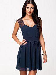 Elise Ryan Open Back Lace Chiffon Dress