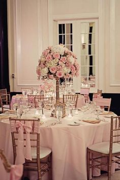 Wedding table pink flowers mariage 68 ideas for 2019 Quince Decorations, Wedding Venue Decorations, Wedding Table Centerpieces, Flower Centerpieces, Table Decorations, Graduation Centerpiece, Wedding Table Flowers, White Wedding Flowers, Wedding Flower Arrangements