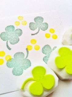 clovers hand carved rubber stamp handmade rubber by talktothesun