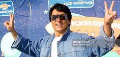 Il était temps ! Jamais le milieu du cinéma n'aura connu pareil dévouement que celui dont fait preuve Jackie Chan. Avec 131 films au compteur en tant qu'acteur, Jackie Chan est l'un des…