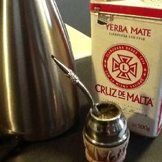 Yerba mate... Yum! Yerba Mate Tea, My Favorite Food, My Favorite Things, Tea Benefits, Koh Tao, Gaucho, Latin America, Book Making, Tea Time