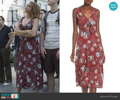 Haley's burgundy floral tie-front dress on Modern Family.  Outfit Details: https://wornontv.net/59728/ #ModernFamily