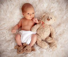 Newborn picture ideas photographer newborn 19