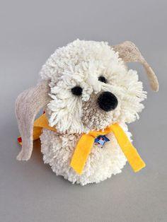 DIY Pom Pom Puppy Pal // mollymoocrafts.com for @followcharlotte