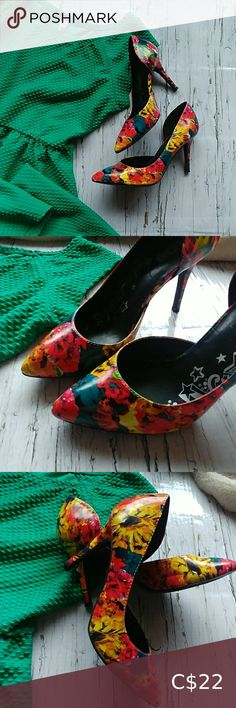 I just added this listing on Poshmark: Brash floral heels. Floral Print Heels, Floral Prints, Plus Fashion, Fashion Tips, Fashion Trends, Sustainable Fashion, Shoes Heels, My Favorite Things, Abstract