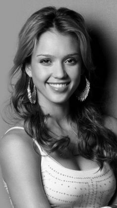 Jessica Alba, american actress, was born in 1981, California, Usa. Known for Fantastic Four (2005), Sin City (2005), Awake (2007), The Sleeping Dictionary (2003), Dark Angel (2000-2002)