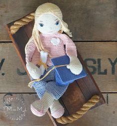 Melly Teddy Ragdoll Graduate Grace   MandMCrochetDesigns Crochet Dolls, Crochet Baby, Bonnie Clyde, Lovey Blanket, Last Stitch, Single Crochet Stitch, Yarn Over, My Face Book, Half Double Crochet
