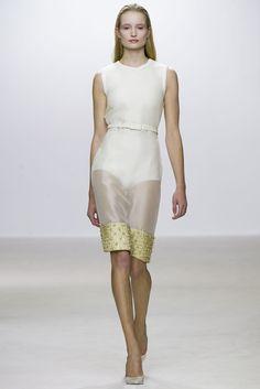 Giambattista Valli Spring 2013 Ready-to-Wear Fashion Show - Maud Welzen