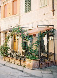 A Tuscan Cafe I like the slight privacy here