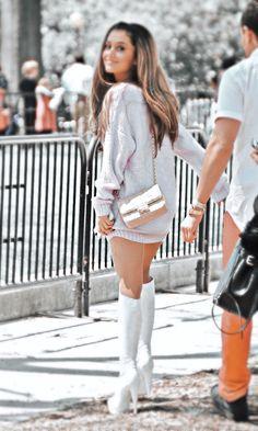 h e a t h e r Ariana Grande Fotos, Ariana Grande Cute, Ariana Grande Photoshoot, Ariana Grande Pictures, Ariana Grande Background, Ariana Grande Wallpaper, Idol 3, Ariana Video, Charlotte