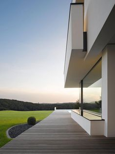 Oberen Berg House by Alexander Brenner Architects