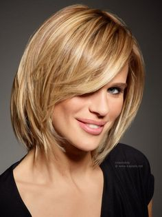 Cute Everyday Hairstyles - Looking great doesn't have to be effort intensive. Check out these cute everyday hairstyles for every hair length. Hairstyles Haircuts, Straight Hairstyles, Cool Hairstyles, Medium Hairstyles, Bob Hairstyle, Blonde Hairstyles, Medium Haircuts, Hairdos, Hairstyle Ideas