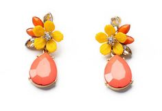 Yellow flower and peach gems teardrop earrings for your Spring outfits