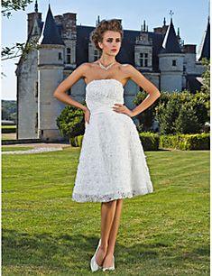 Trapèze+Princesse+Sans+Bretelles+Mi-long+Dentelle+Robe+de+mariée+avec+Ceinture+/+Ruban+Fleur+par+LAN+TING+BRIDE®+–+EUR+€+251.83