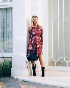 """12.3 mil curtidas, 57 comentários - Luisa Accorsi (@luisa.accorsi) no Instagram: """"how serious 😐 séria na foto mas na verdade estou feliz, ok? look de ontem @damyller - esse vestido…"""""""