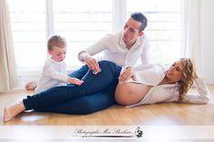 esprit boudoir, joli ventre rond, le souvenir en photo de votre grossesse, photographe bébé a domicile sur Paris, photographe maternité Créteil, photographe maternité sur Paris, Séance photo femme enceinte, séance photo grossesse