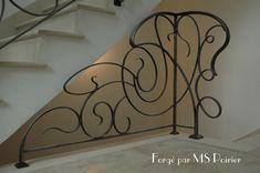 Garde-corps en fer forgé design Art Nouveau                                                                                                                                                                                 Plus