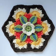 knit & crochet design: Frida's Flowers - Block Seven