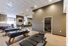 True Chiropractic - modern - spaces - san diego - Ruckle Construction Inc