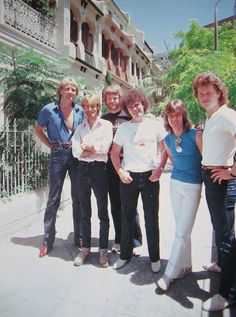 Graham Russell, Best Classic Rock, 1970s Bands, Nice Person, Romantic Music, Air Supply, Mom And Sister, 1990s, Singers