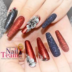 Nail team elites, chromes and velveteen art Chrome, Nails, Beauty, Design, Art, Finger Nails, Art Background, Ongles, Kunst