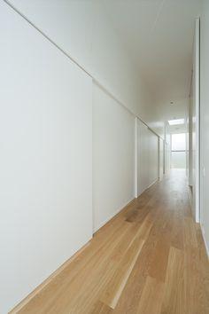 House in Nagatoro / CASE-REAL sliding doors