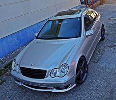 C32 AMG Classic Mercedes, Mercedes Benz Cars, Mazda 2, Italy Travel, Luxury Cars, Motorcycles, Wheels, Garage, Bmw