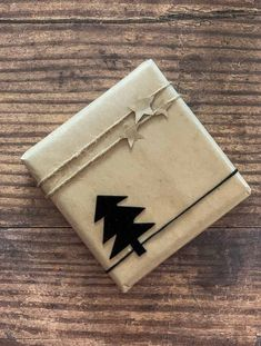 CHRISTMAS GIFT WRAPPING IDEAS WITH BROWN PAPER | Christmas Gift Wrapping, Xmas Gifts, Cute Gifts, Diy Gifts, Wrapping Ideas, Creative Gift Wrapping, Creative Gifts, Merry Little Christmas, Christmas Love
