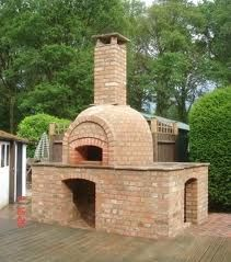 My homemade pyrizhky and bread would taste even better baked in this outdoor oven. Pizza Oven Outside, Diy Pizza Oven, Pizza Ovens, Oliver's Pizza, Wood Oven, Wood Fired Oven, Outdoor Oven, Outdoor Cooking, Outdoor Kitchens