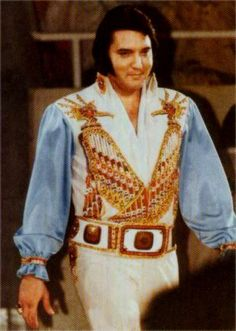 Elvis on stage in Charlotte in march 20 1976.