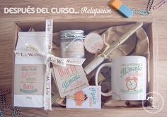 Lola Wonderful_Blog: Profes. Regalos personalizados 2015 Cute Gifts, Gifts For Mom, Baby Gifts, Lola Wonderful, Cute Mugs, Diy Box, Craft Business, Birthday Presents, Creative Gifts