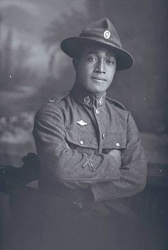 Portrait of Private Flanton of the Maori Contingent. New Zealand Maori Pioneer Battalion - a combination of Anzac and memorial photographs included in the Coming Home virtual exhibition by Auckland City Libraries. World War One, First World, Soldier Silhouette, Maori People, Anzac Day, Military History, Black History, Wwii, New Zealand