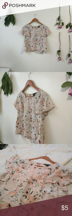 Blouse Pale pink, floral blouse Forever 21 Tops