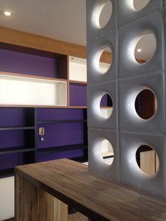 Projeto Living Room by Neo Arq SP 2014 #modern #decoração #arquitetura #color #purple #marcenaria #nichos #projeto