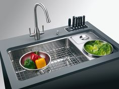 If we re-do the kitchen, this is the sink I'm getting (really-I LOVE this sink) and the faucet I want too! Franke sink and faucet-love, love, love