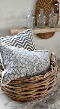 Coussins de la collection Hubsch 2014 / cushions of Habsch