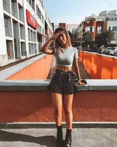 Summer Boots Outfit, Summer Outfits, Doc Martens Outfit Summer, Look Fashion, Fashion Models, Fashion Outfits, Fashion Tips, Combat Boot Outfits, Combat Boots Look
