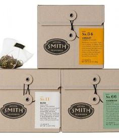 Hyssop, linden flowers, lemon myrtle, rooibos, chamomile petals, spearmint, safflower, and natural flavors.