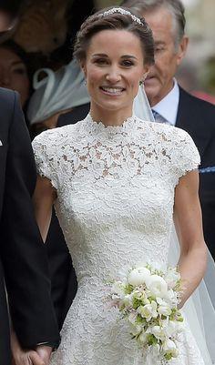 Vacker brudklänning