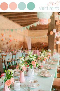 Notre équipe d'expert vous accompagne et vous conseille dans le choix de votre décoration : palette de couleurs, décoration florale, centres de table