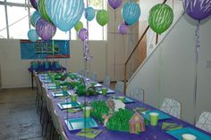 ANIMAL JAM PARTY PLACE  #animaljam #tabledecor #partydecorations #purpledecor #decorations #animalballoons #blueparty #greenparty #animalprint #animaljamballoons #animaljamtable