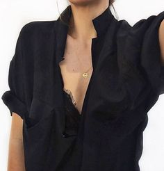 Loose black shirt with lace bralet