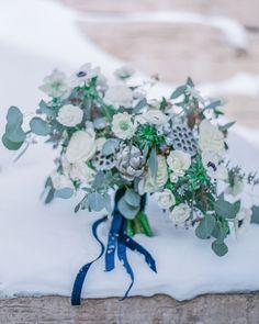 Wedding bouquets winter blue dusty miller trendy ideas W…- Wedding bouquet… - Modern Winter Bridal Bouquets, Winter Bouquet, Winter Wedding Flowers, Bridal Flowers, Dusty Miller, Bouquet Bleu, Snowy Wedding, Fall Wedding, Floral Wedding