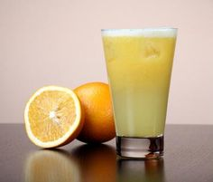 How to Use Natural Juices on the Juicing Detox Diet Read more: www.livestrong… - All Recipes & Vegan and other What Causes Rosacea, Acne Rosacea, Carrot Benefits, Health Benefits, Rosacea Remedies, Weight Loss Juice, Alcohol, Body Cleanse, Orange