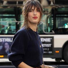 """Nicht nur in Sachen Mode haben die Französinnen das gewisse """"Je-ne-sais-quoi"""", auch beim Thema Beauty und Hairstyling können wir uns so einiges von unseren eleganten Nachbarinnen abgucken..."""